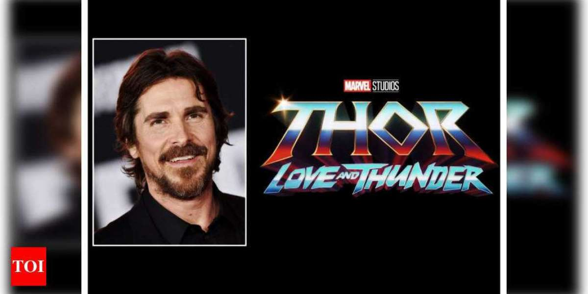 """Did You See the Set Photos of the Chris Hemsworth Starrer """"Thor: Love and Thunder""""?"""