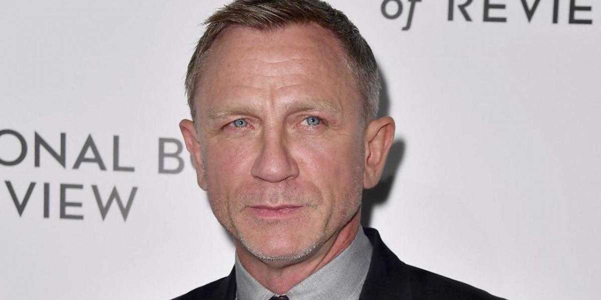 """The Release Date of Daniel Craig Starrer """"No Time to Die"""" Has Been Extended Yet Again"""